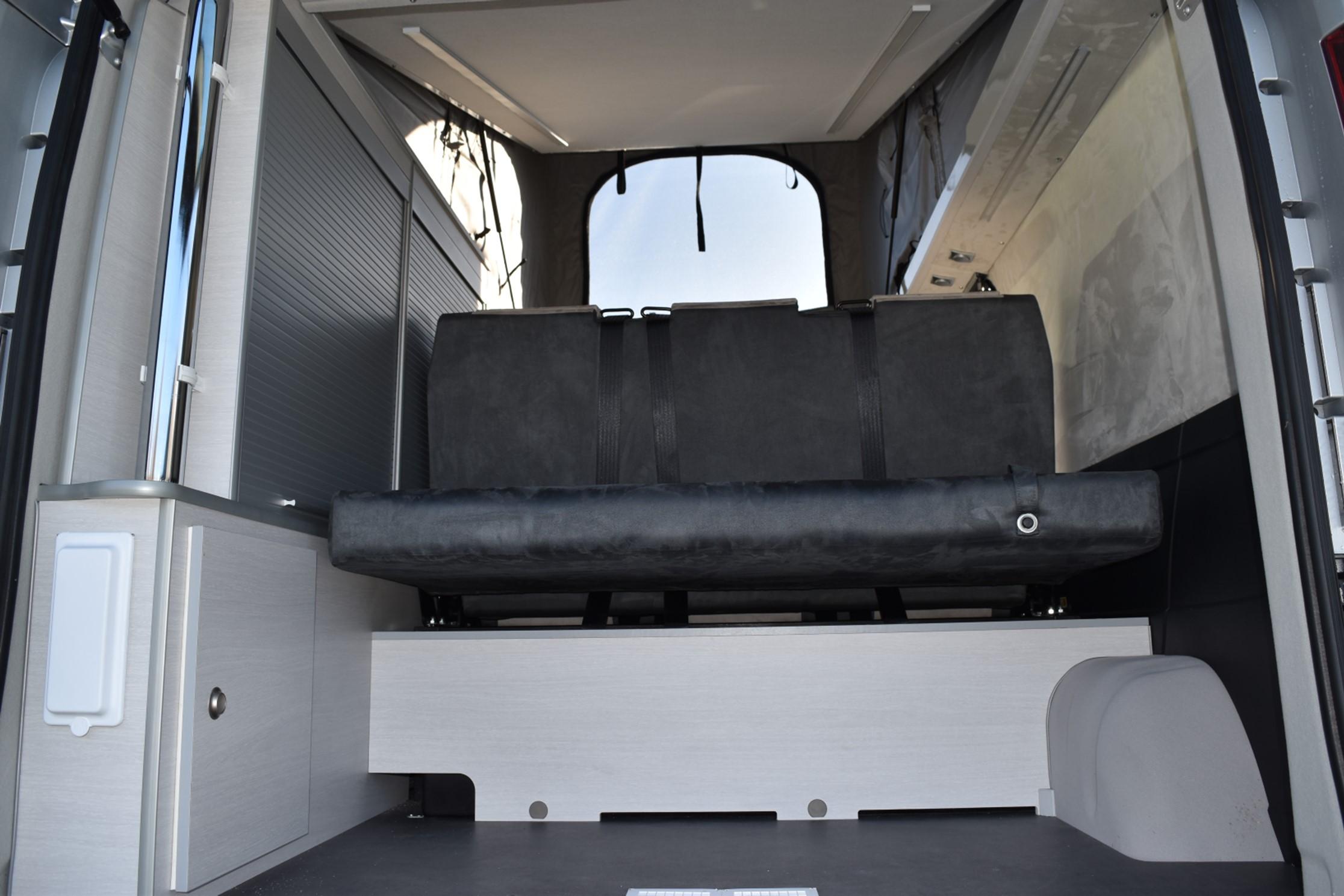 AUTO LOISIRS 5XL - 244 (EXPO 2019-6)